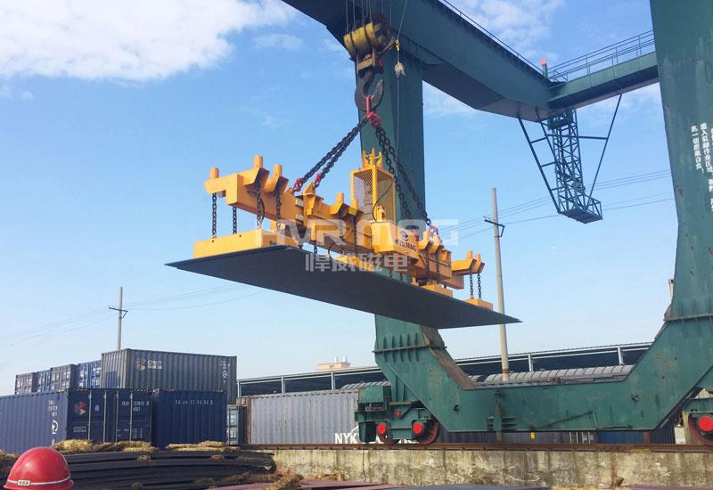 南昌铁路局20吨一次多张钢板起吊搬运