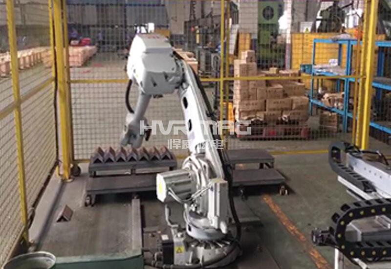 机器人自动化搬运角钢