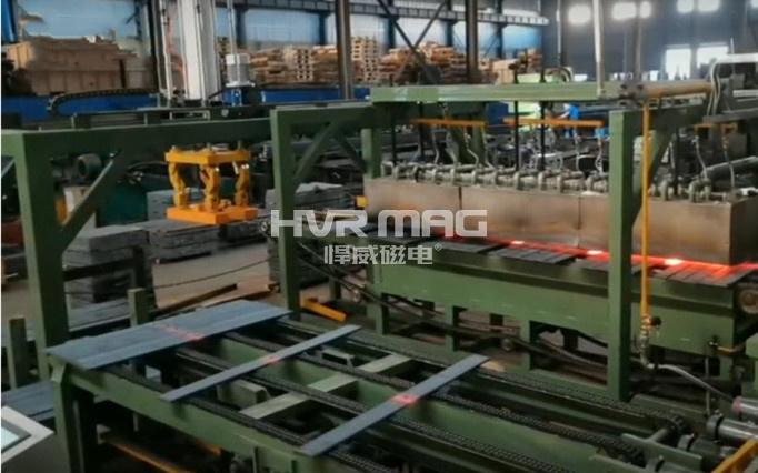 电永磁机械手搬运单层成排弹簧钢板工件